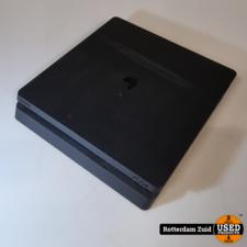 Playstation 4 slim 500GB   zonder Joystick    Nette Staat Met Garantie
