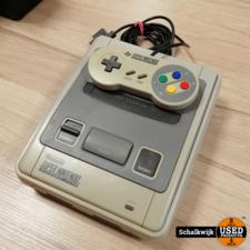 nintendo Super Nintendo NES in prima staat met controller en kabels
