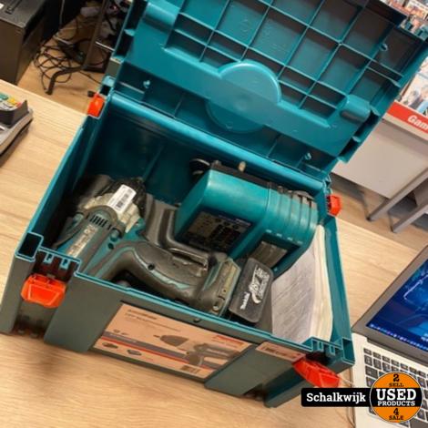 Makita BTW 450RFX slagmoersleutel op accu en lader