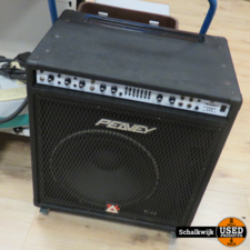 Peavey Peavey Combo 115 210-Watt 1x15 Bass Combo in prima staat