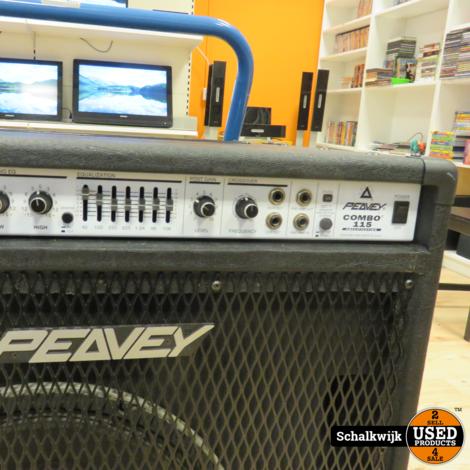 Peavey Combo 115 210-Watt 1x15 Bass Combo in prima staat