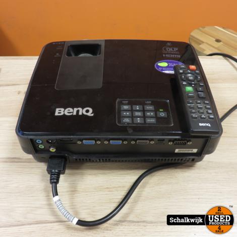 Benq beamer type TS521P met afstandsbediening