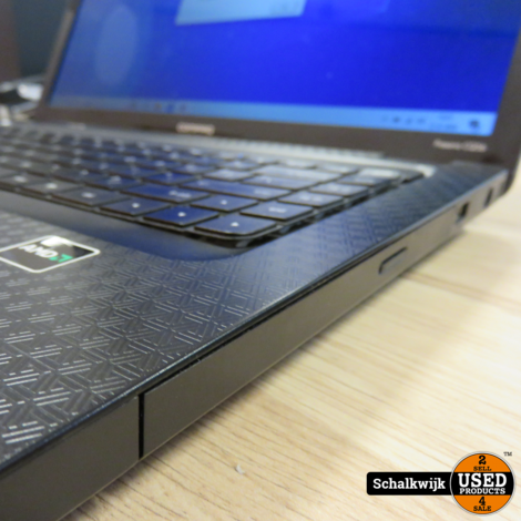 Compag Presario CQ56 laptop AMD v140 2.3 MHZ 4GB 320HDD win 10