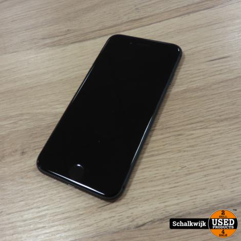Apple iPhone 8 64Gb Black in nette staat