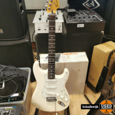 Fender Stratocaster wit mexico 2016