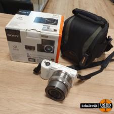 Sony alpha Sony Alpha 5000 camera + 16-50mm lens in zeer nette staat in doos