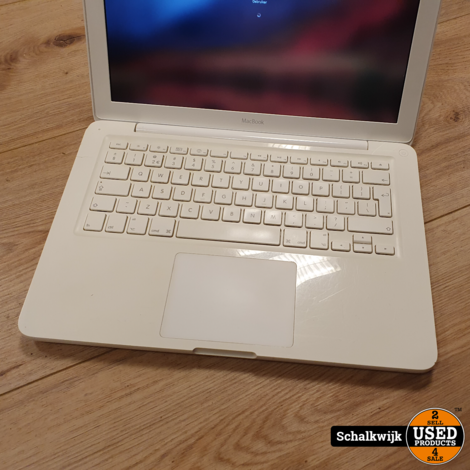 Apple Macbook 13 inch 2010 | 2.4Ghz - 2Gb - 250Gb - High Sierra