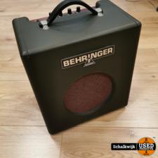 behringer Behringer Thunderbird BX108 Bas versterker in nette staat
