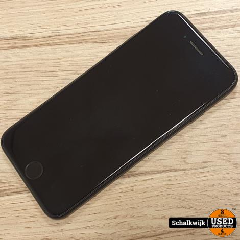 Apple iPhone 7 Black 128Gb in nette staat met nieuwe accu