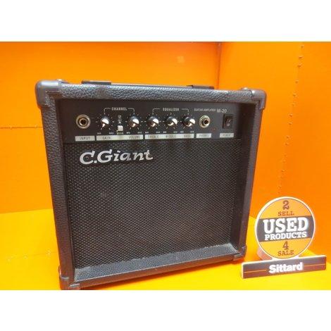 C.Giant versterker 27 Watt