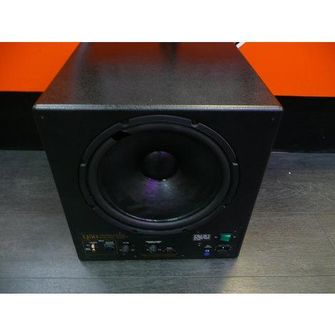Rel Q50 Powered sub Bass , in een nette staat