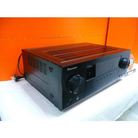 Pioneer VSX-528-K Versterker , in een nette staat