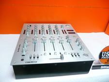 Reloop RMX-40BPM mixer , in een nette staat , nieuwprijs € 319,-