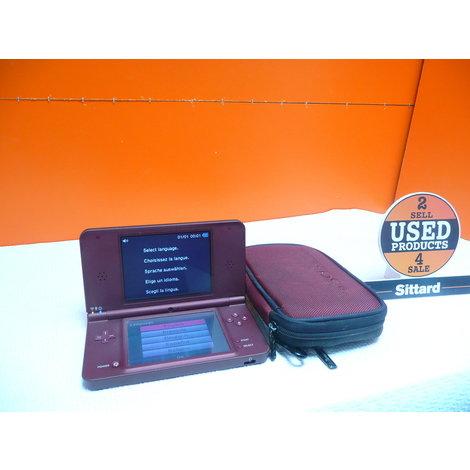 Nintendo DSi XL , Rood , met opbergmapje