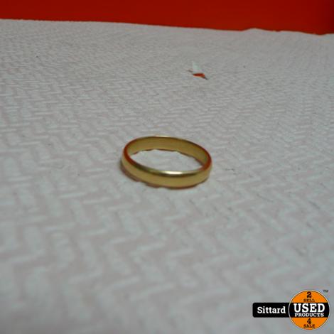 14 karaat gouden ring, 19 mm., 3,3 gram