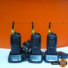 Kenwood portofoonset, 2x TK3201, 1x TK3301, incl. 3 laders