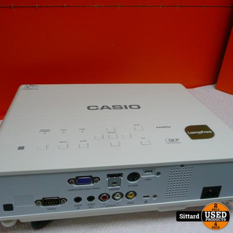 Beamer CASIO XJ-M141 met bediening | Nwpr. 849,-