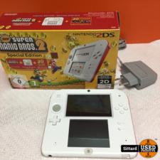 Nintendo 2DS Console, zeer goede staat, met doos en lader