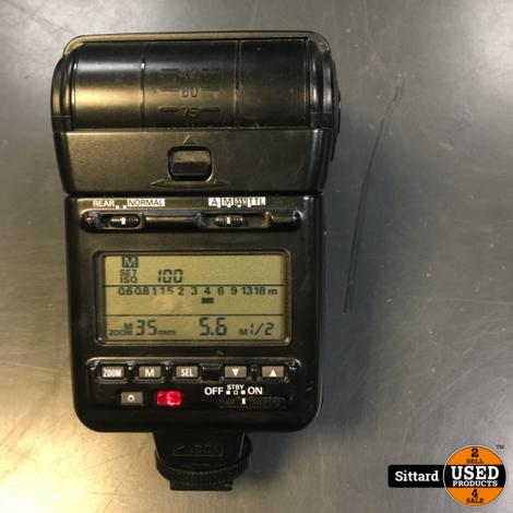 NIKON Speedlight SB-24, werkt prima ook op digitale camera's