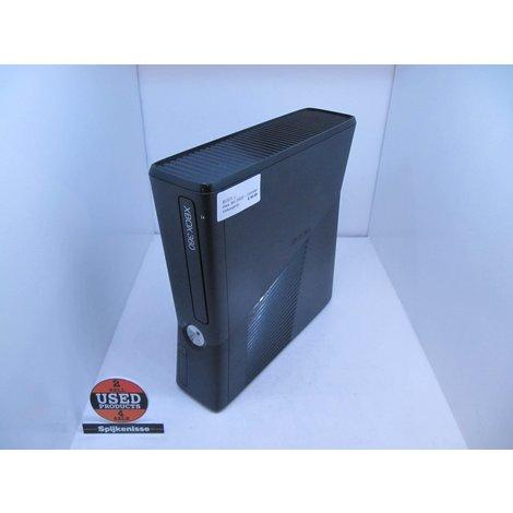 Xbox 360 250GB + Controller *802071*