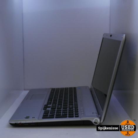 Sony VAIO PCG-81213M Laptop