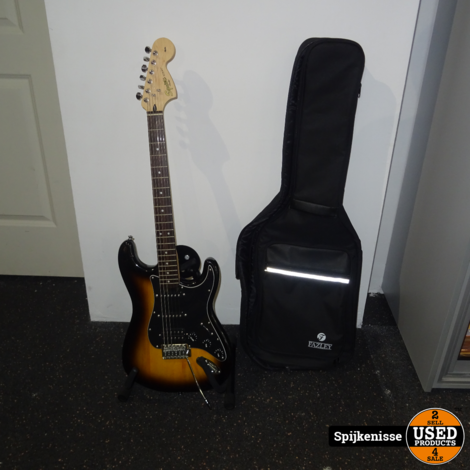 Squier By Fender Affinity Series *804426*