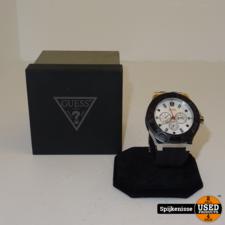 Guess Horloge W0674G3 *804448*
