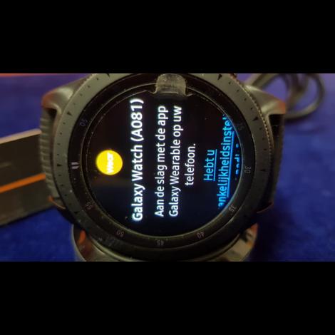 Samsung  Galaxy Watch A081 42mm Met Oplader    Incl. garantie