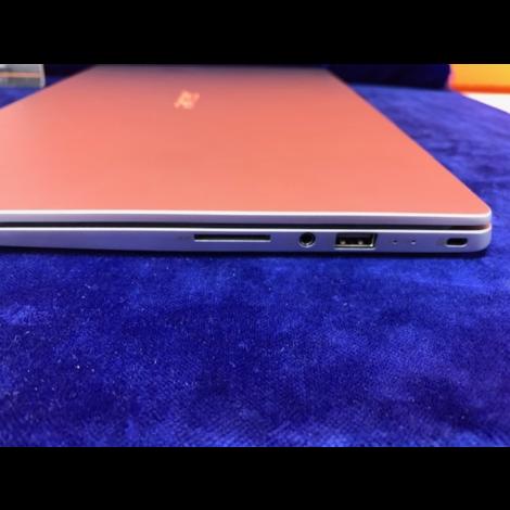 Acer Swift 1 sf114-32 met adapter met factuur || Incl. garantie