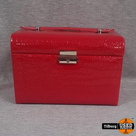 Luxe Rode Sieradenkoffertje Met Sleutel. Incl. Mooi sierraad. Nieuw
