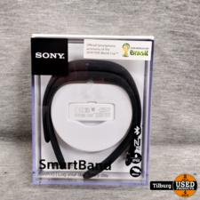 Sony SWR10 SmartBand Activity Tracker. In doos     Incl. Garantie