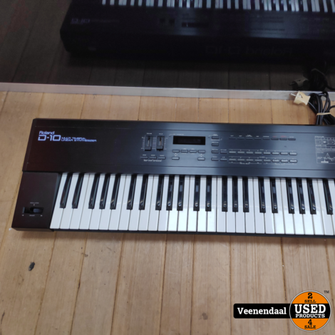 Roland D-10 Multitimbral Linear Synthesizer - In Goede Staat