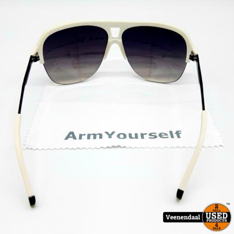 M.O Design Scope zonnebril - In Nieuwstaat