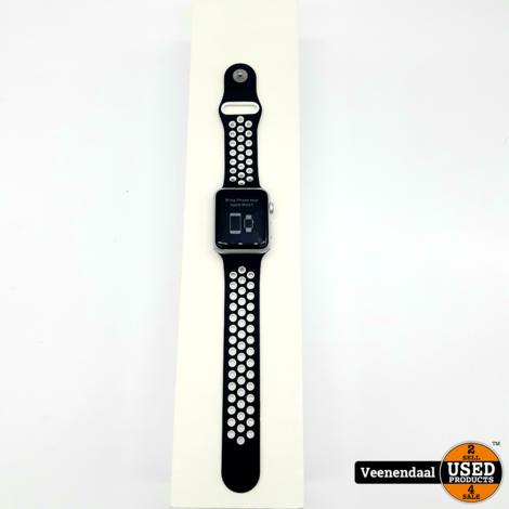 Apple Watch 1 7000 Series 42mm Wit - In Goede Staat