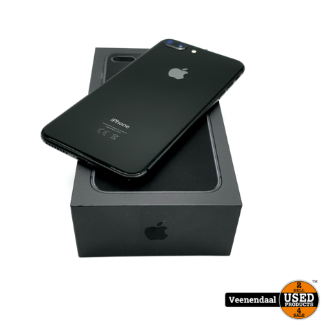 Apple iPhone 8 Plus 64GB Space Gray Accu: 83% - In Goede Staat