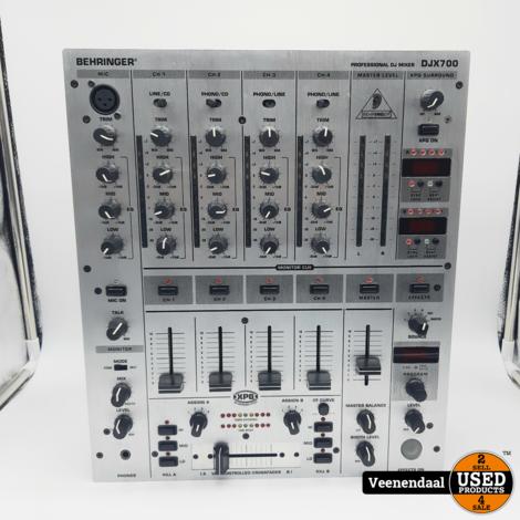 Behringer DJX700 Mixer - In Goede Staat