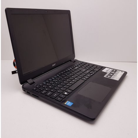 Acer Aspire E15 Cel 1.6GHz |4GB|500GB accu slecht