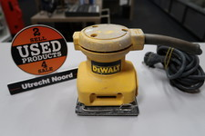 DeWalt DW411 Schuurmachine | in Gebruikte Staat