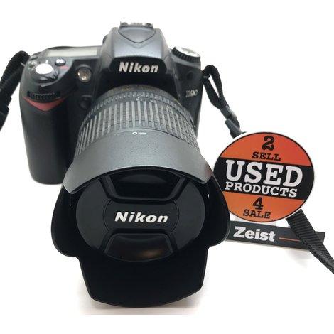 Nikon D90   Met 18-105mm 1:3 5-5.6G VR lens