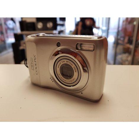 nikon Coolpix L19 camera