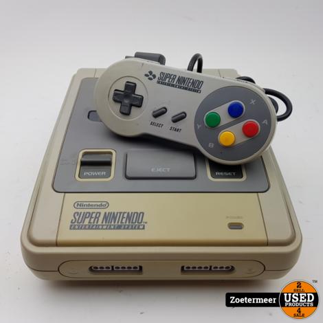 Super Nintendo Incl controller SNES