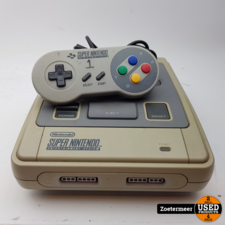 Nintendo Super Nintendo Entertainment System SNES