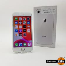 Apple Apple iPhone 8 64GB silver 88% in doosje