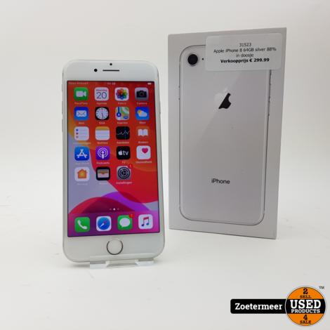 Apple iPhone 8 64GB silver 88% in doosje