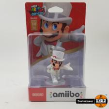 Amiibo Amiibo Mario wedding