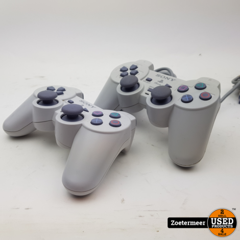 Sony Playstation 1 PS one met 2 controllers