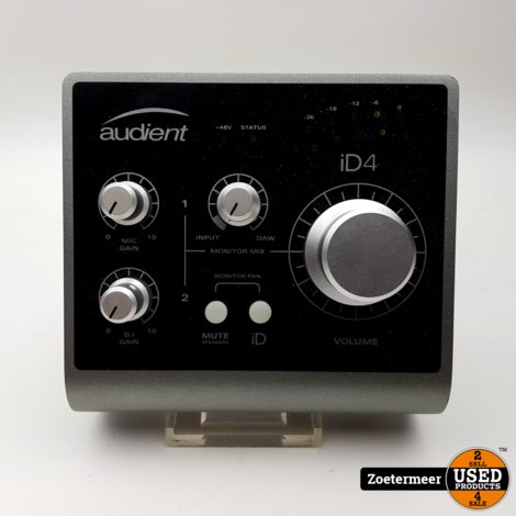 Audient iD4 interface