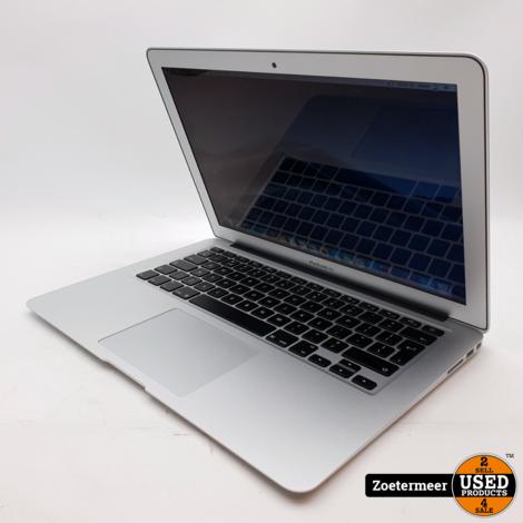 Apple Macbook Air 13'' 2017    52 Laadcycli    8GB RAM    128GB SSD