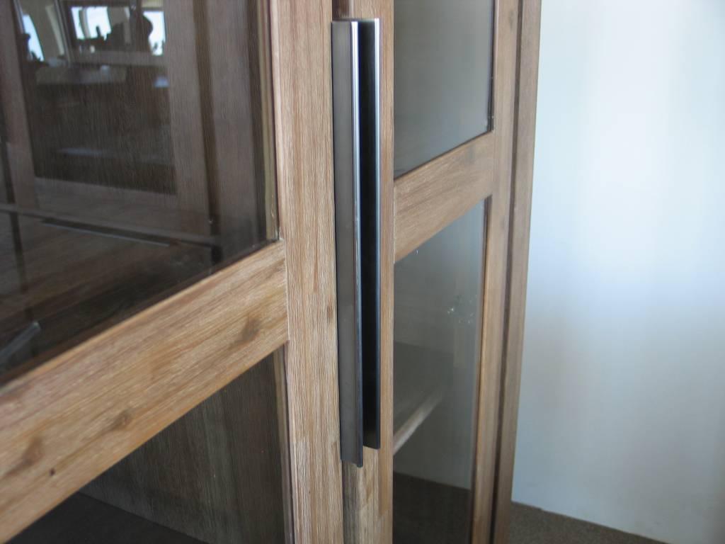 Spiegel Met Deurtjes : Solliden hill buffetkast acaciahout met deurtjes en lades