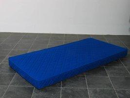 Schuimmatras met tijk blauw